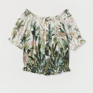 H&M Off the Shoulder Blouse Tropical Print NWT 12